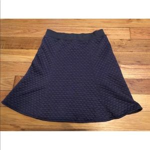 Uniqlo Women's Gray Quilted Skirt